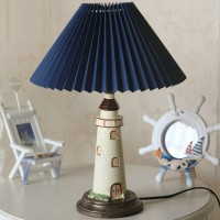 Beacon style table lamp
